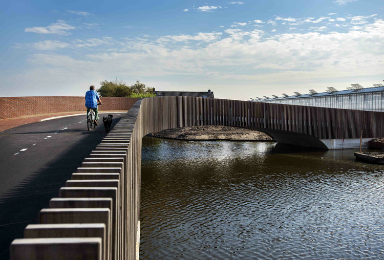 Vlotwateringbrug / NEXT architects, © Raymond Rutting