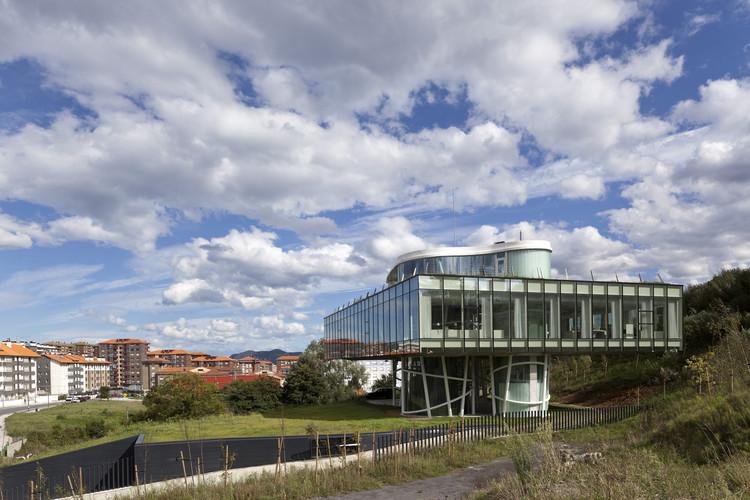 Oficinas Centrales de Pevasa / Diego Soroa, © Wenzel