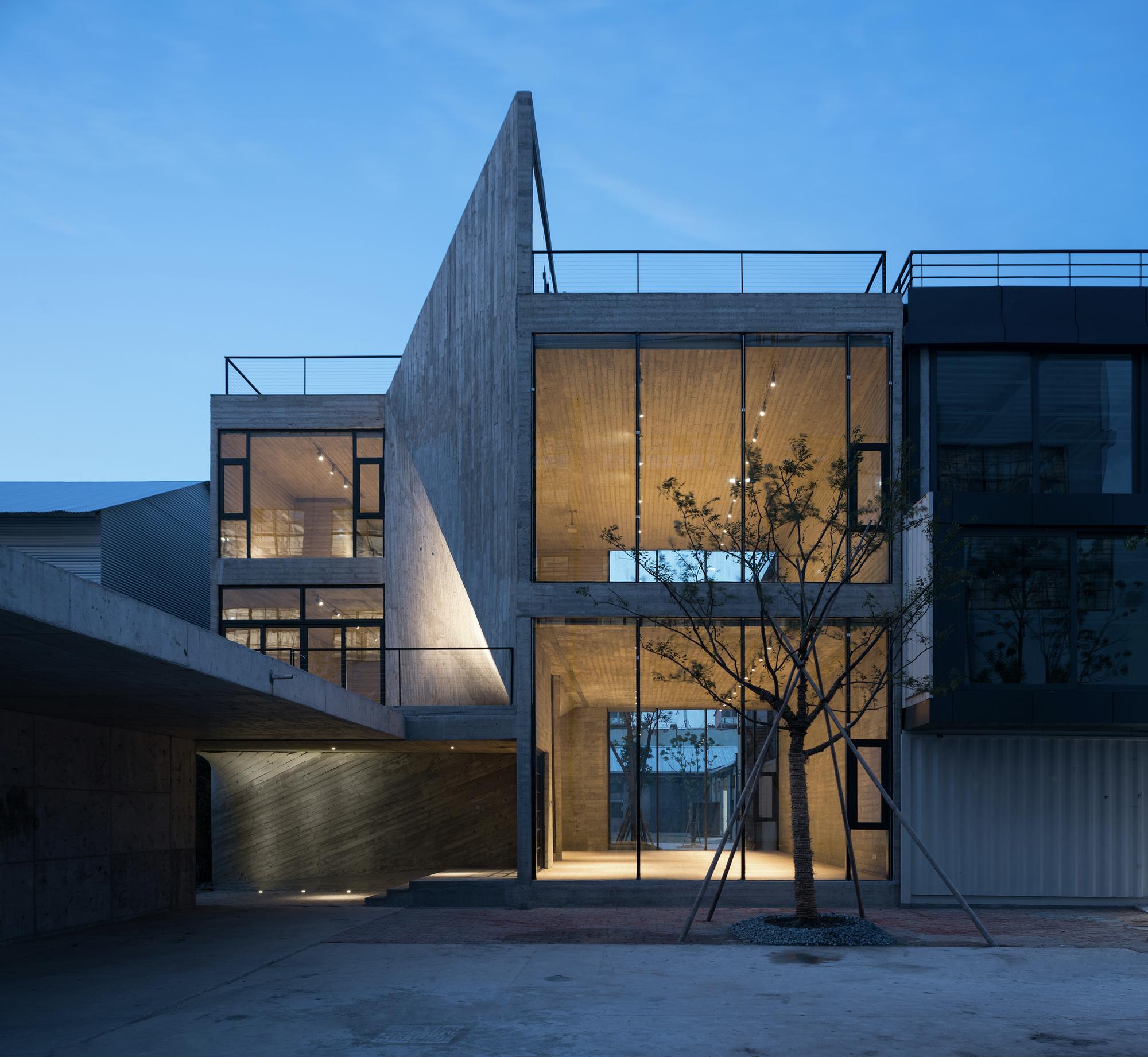 Fab-Union Space / Archi-Union Architects