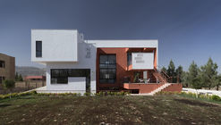 Villa for Anna and Saeed / Logical Process in Architectural Design