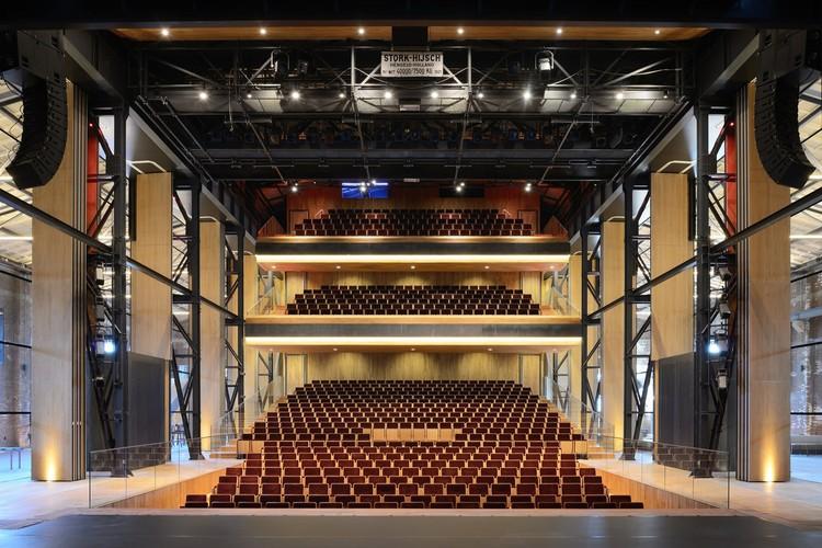 Theatre de Kampanje / van Dongen-Koschuch, © Allard van der Hoek
