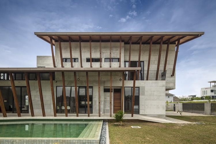 Casa Sepang / Eleena Jamil Architect, © Marc Tey