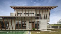 Sepang House / Eleena Jamil Architect