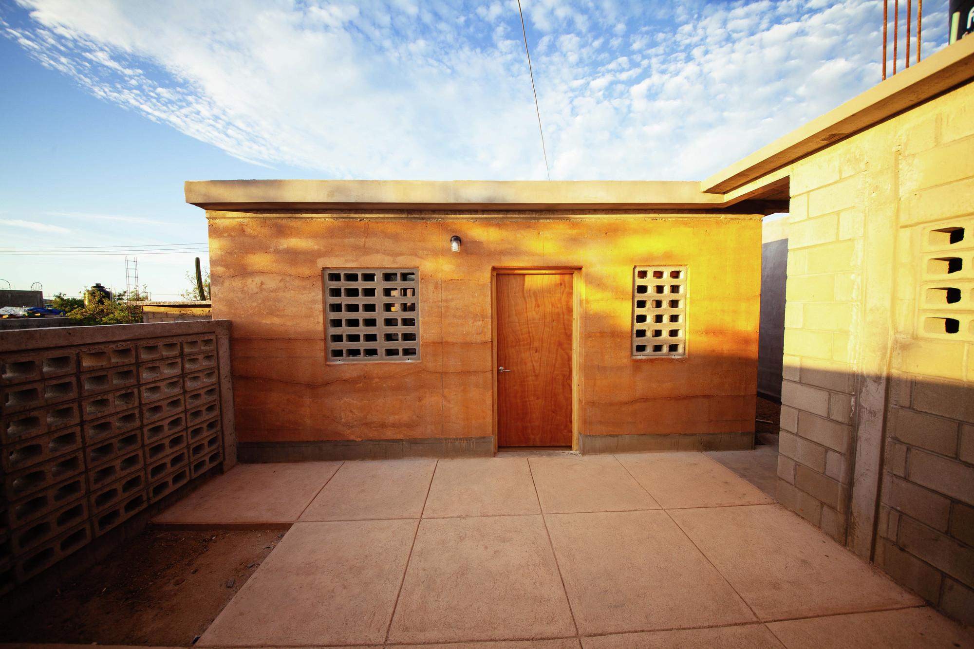 Modelo de vivienda replicable impulsa la autoconstrucción de comunidades afectadas en Los Cabos, México