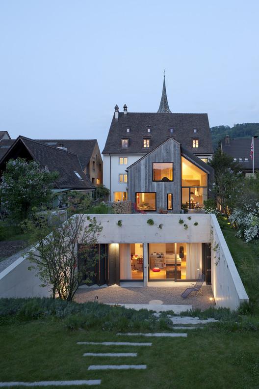 Residencia Kirchplatz + Oficina OA Europe  / Oppenheim Architecture + Design, © Bōrje Müller