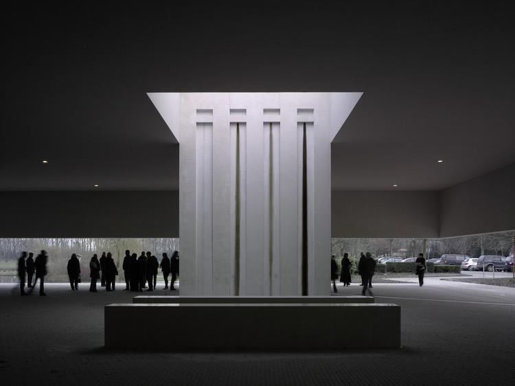 Archivo: Arquitectura Fúnebre, © Christian Richters