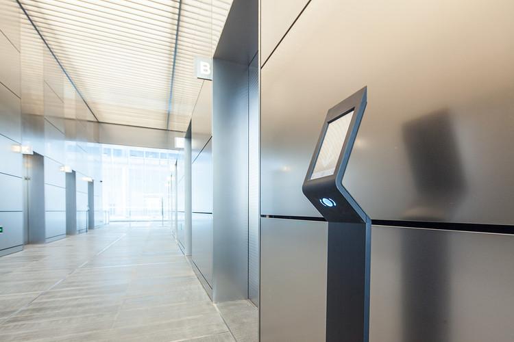 Conheça o sistema de gerenciamento inteligente de tráfego para elevadores, © PORT Technology® de Atlas Schindler®