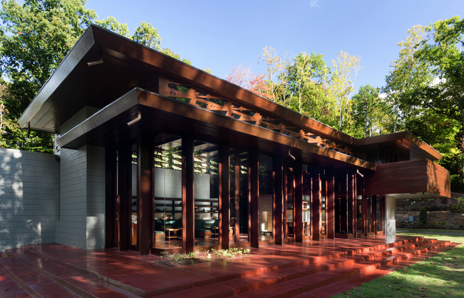 gallery of at crystal bridges museum frank lloyd wright s bachman