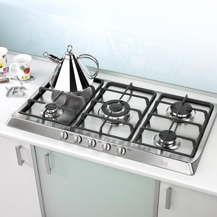 Materiales cocinas encimeras archdaily per for Mejor material para encimeras de cocina