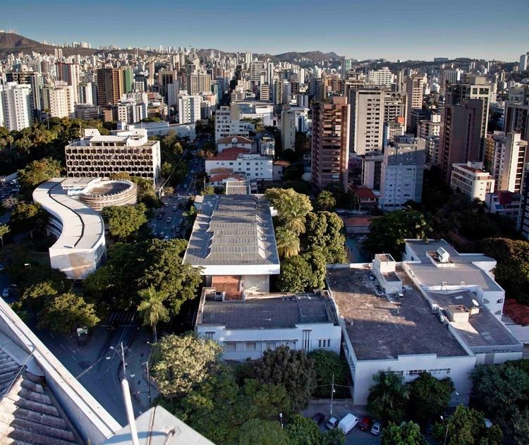 """Concurso de ideias + crowdfunding """"UAI LINE"""" busca ideias para transformar uma cobertura no centro de Belo Horizonte, via UAI LINE"""