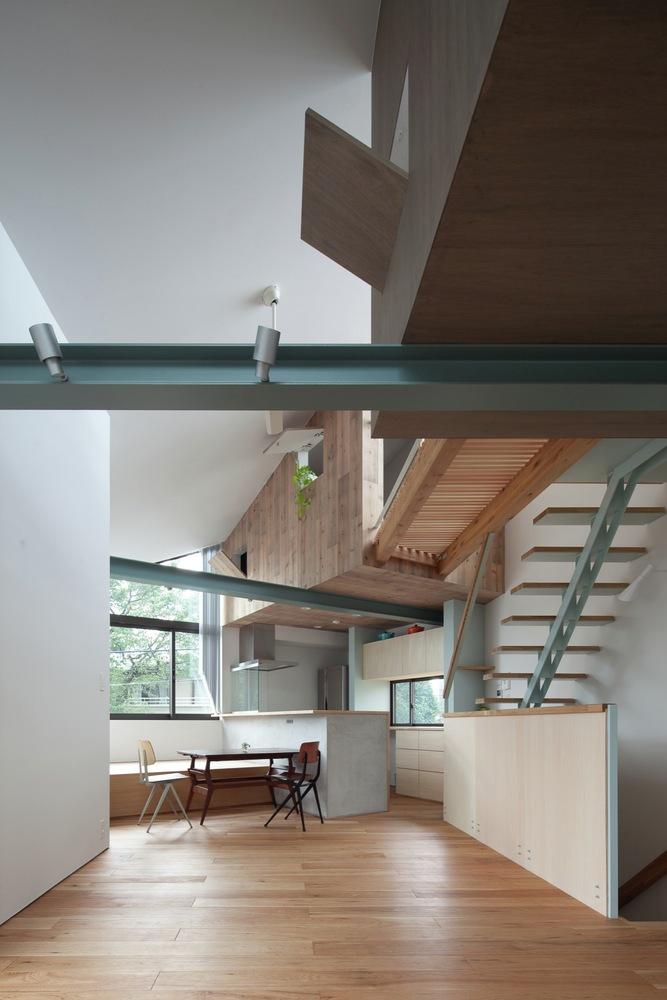 Gallery Of Small House With Floating Treehouse Yuki Miyamoto