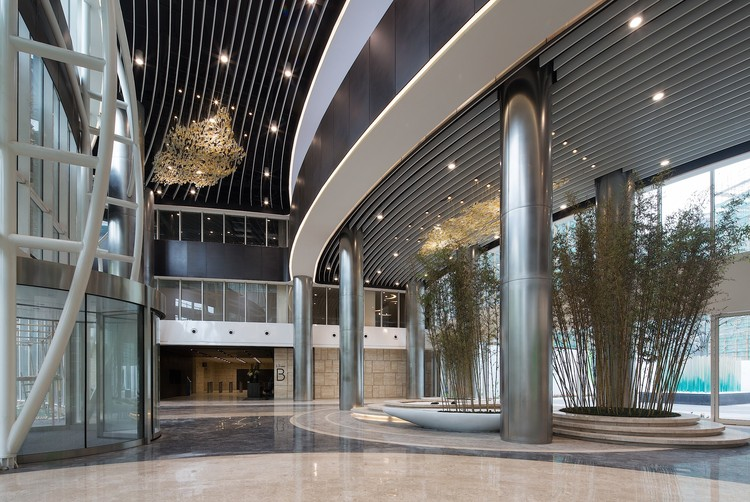 Art Design International : Edificio del centro mundial de diseño hongqiao g art