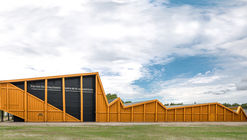 Shooting Range in Ontario / Magma Architecture