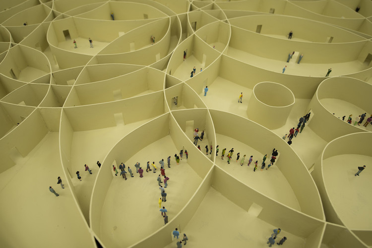 Pezo von Ellrichshausen's Model of 100 Circles Explores the Diversity of Repetition, Model for 'Infinite Motive'. Image Courtesy of Pezo von Ellrichshausen