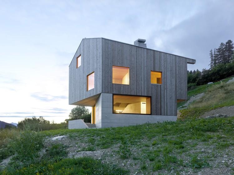 Chalé Val D'hérens / Savioz Fabrizzi Architectes, © Thomas Jantscher