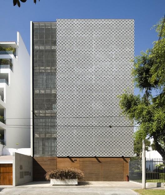 Edificio Multifamiliar Córdova / Jordi Puig, © Gonzalo Cáceres Dancuart
