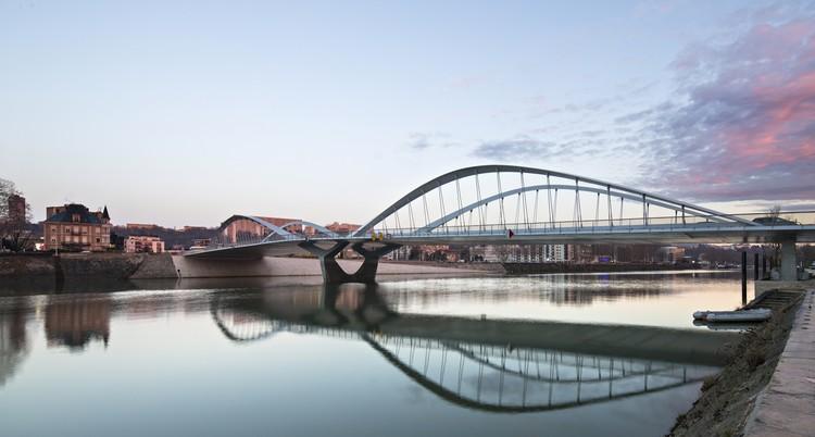 Schuman Bridge Explorations Architecture Archdaily