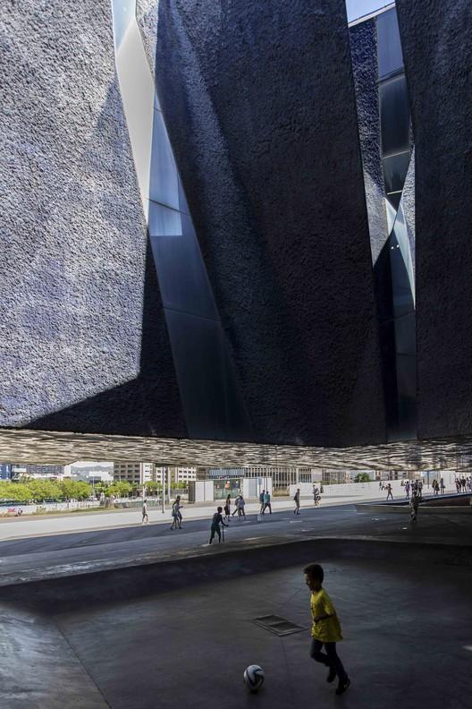 Forum de las Culturas Barcelona bajo el lente de Juan Alberto Andrade, © JAG Studio