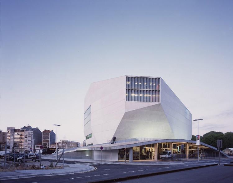Spotlight: Rem Koolhaas, Casa da Musica. Image © Philippe Ruault