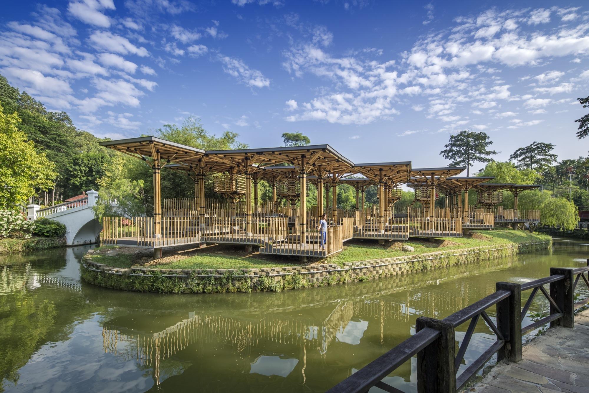 The Bamboo Playhouse / Eleena Jamil Architect | ArchDaily