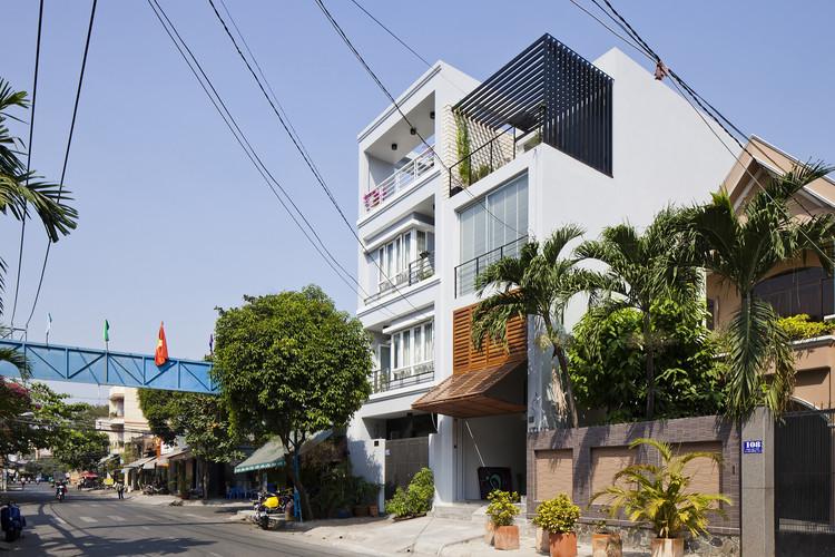 Casa do Distrito 7 / MM++ architects, © Hiroyuki Oki