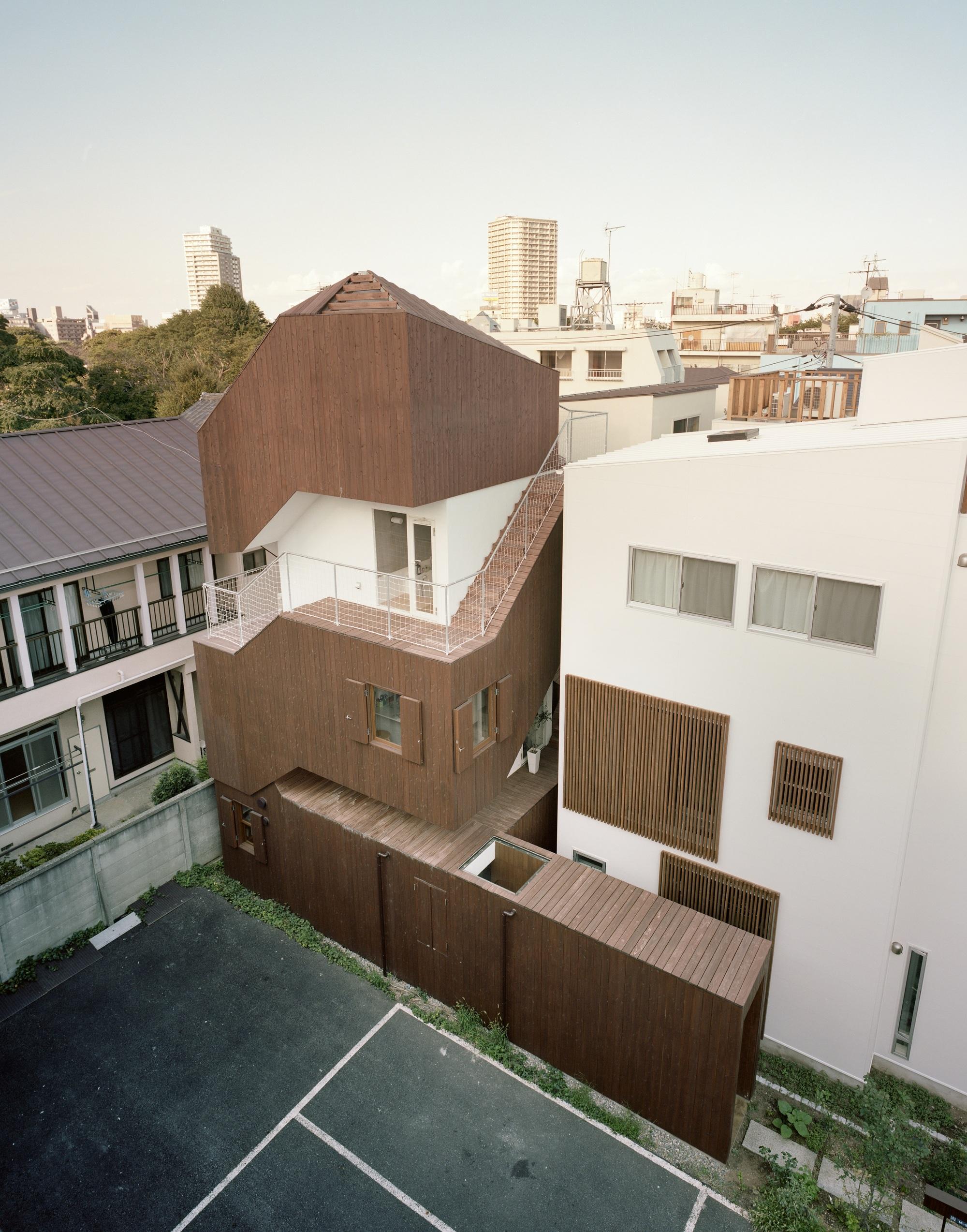 Double Helix House Onishimaki Hyakudayuki Architects Archdaily