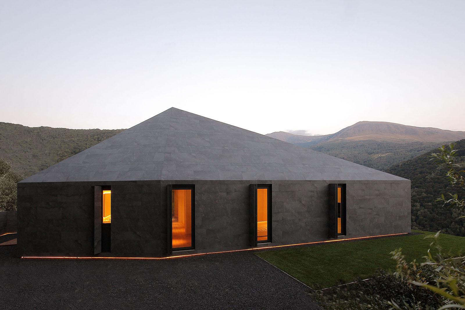 Villa Montebar / JMA