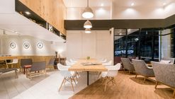 Café Murasaki / FATTSTUDIO