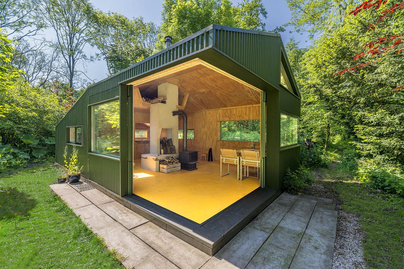 Cabana de thoreau cc studio archdaily brasil - Refugios de madera prefabricados ...