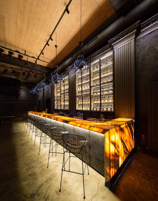 Control Club - Berlin Hall / LAMA Arhitectura, © Radu Malașincu