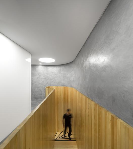 Por que a gestão de custos funciona melhor com arquitetos no comando, Clínica Dermatológica DrDerm, por Atelier Central Arquitectos, foi  construída com o auxílio da gestão de custos da DIMSCALE. Imagem © Fernando Guerra | FG+SG