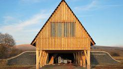 Cabaña de Recepción / BLIPSZ + Atelier F.K.M.