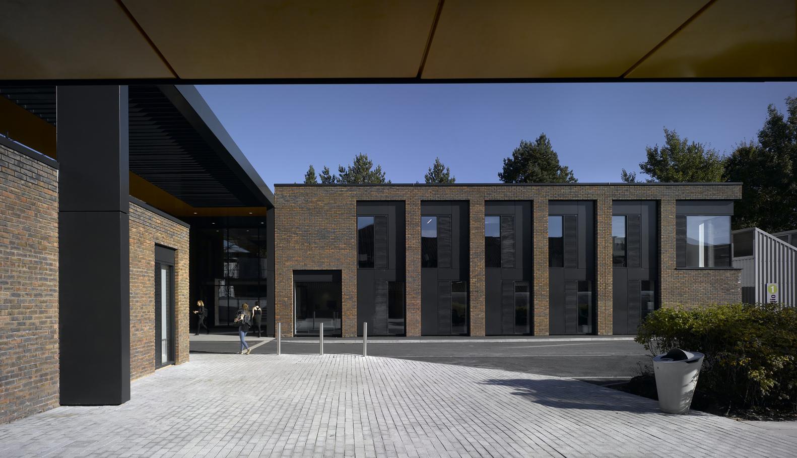 Student Centre In The Arts University BournemouthC Nick Kane