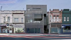 ARI Apartments / Ola Studio