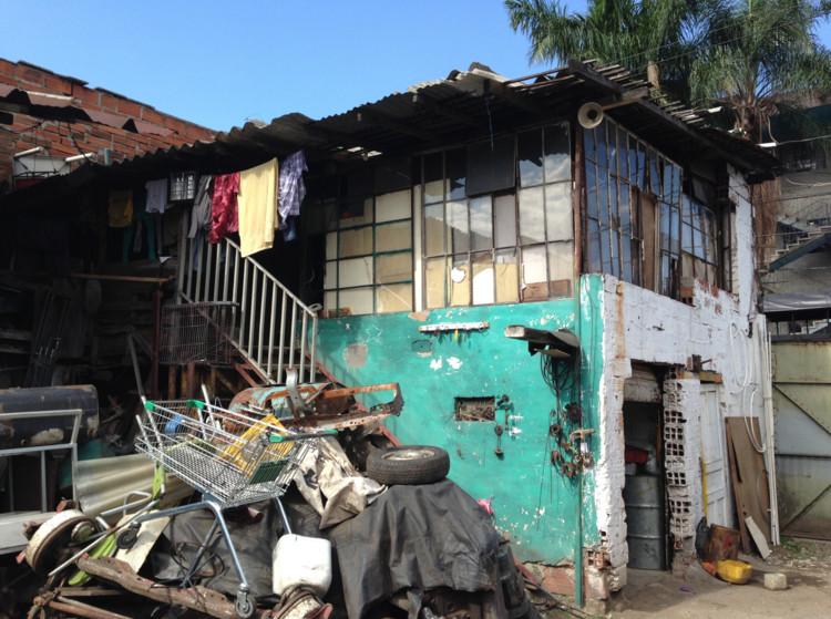 Barrio Taller: Acciones críticas II en el Naranjal / MDE 15, vía proyectonaranjal