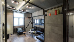 Plywood Apartment  / Alexey Rozenberg