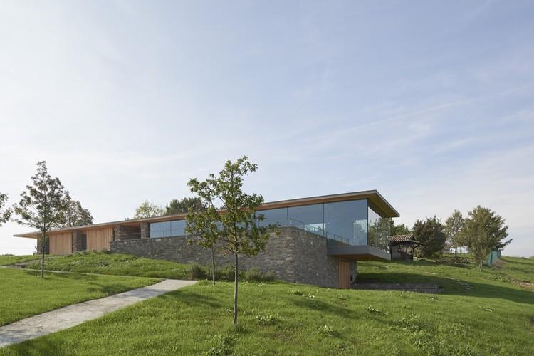 Multifunctional Building / Studio Contini, © Paola De Pietri
