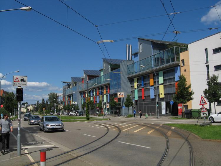Schlierberg: o bairro alemão que produz quatro vezes mais energia que consome, Bairro de Schlierberg em Friburgo, Alemanha. Image © kai.bates, via Flickr