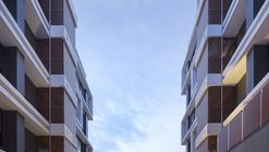 Apartment Complex in Qiyan / LRH Architects