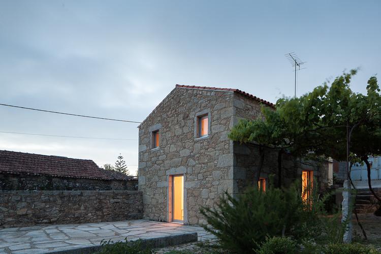 Casa das Nogueiras / Sofia Parente + André Delgado, © José Campos