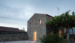 Nogueiras House / Sofia Parente + André Delgado