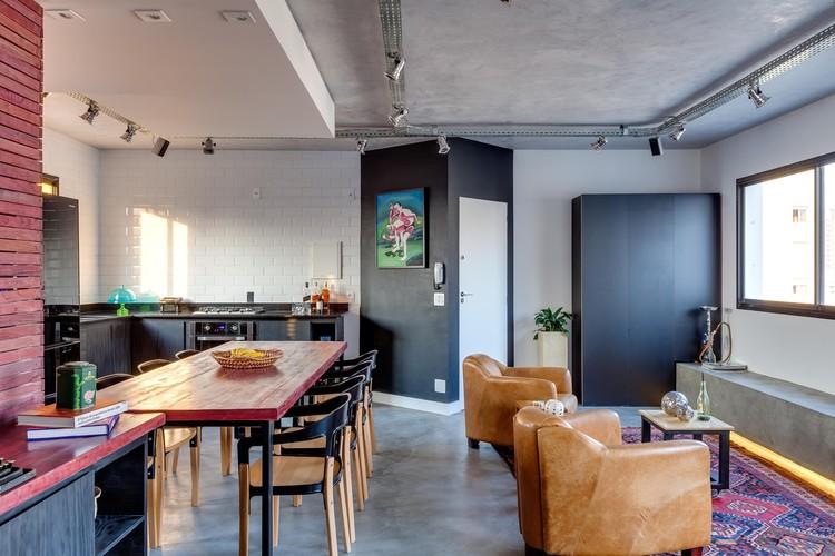 Apartamento Pinheiros / Studio dLux, © Alessandro Guimarães