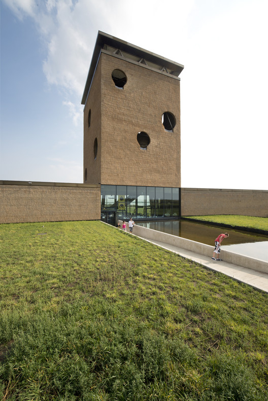 Inspiratiecentrum De Grevelingen / Paul De Ruiter Architects, Cortesía de Paul De Ruiter Architects