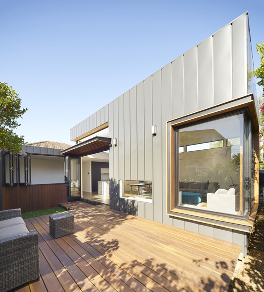 Casa da Laranjeira / Christopher Megowan Design, © Nils Koenning