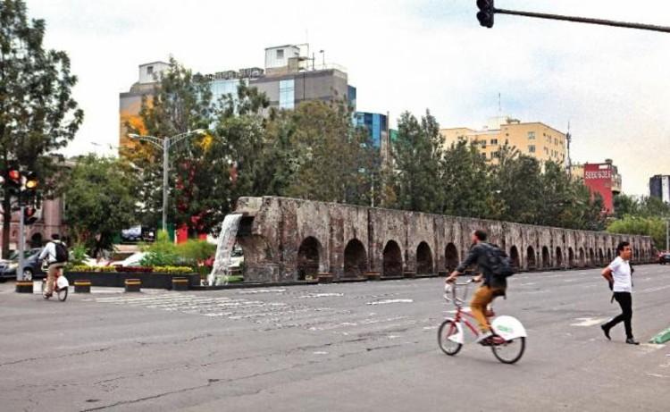 Cancelan oficialmente proyecto propuesto para el Corredor Cultural Chapultepec en México, Vista actual de la Avenida Chapultepec en la Ciudad de México. Image vía El Universal