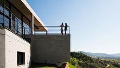 JJ House / Obra Arquitetos
