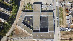 Escola Paulette-Deblock / zigzag architecture