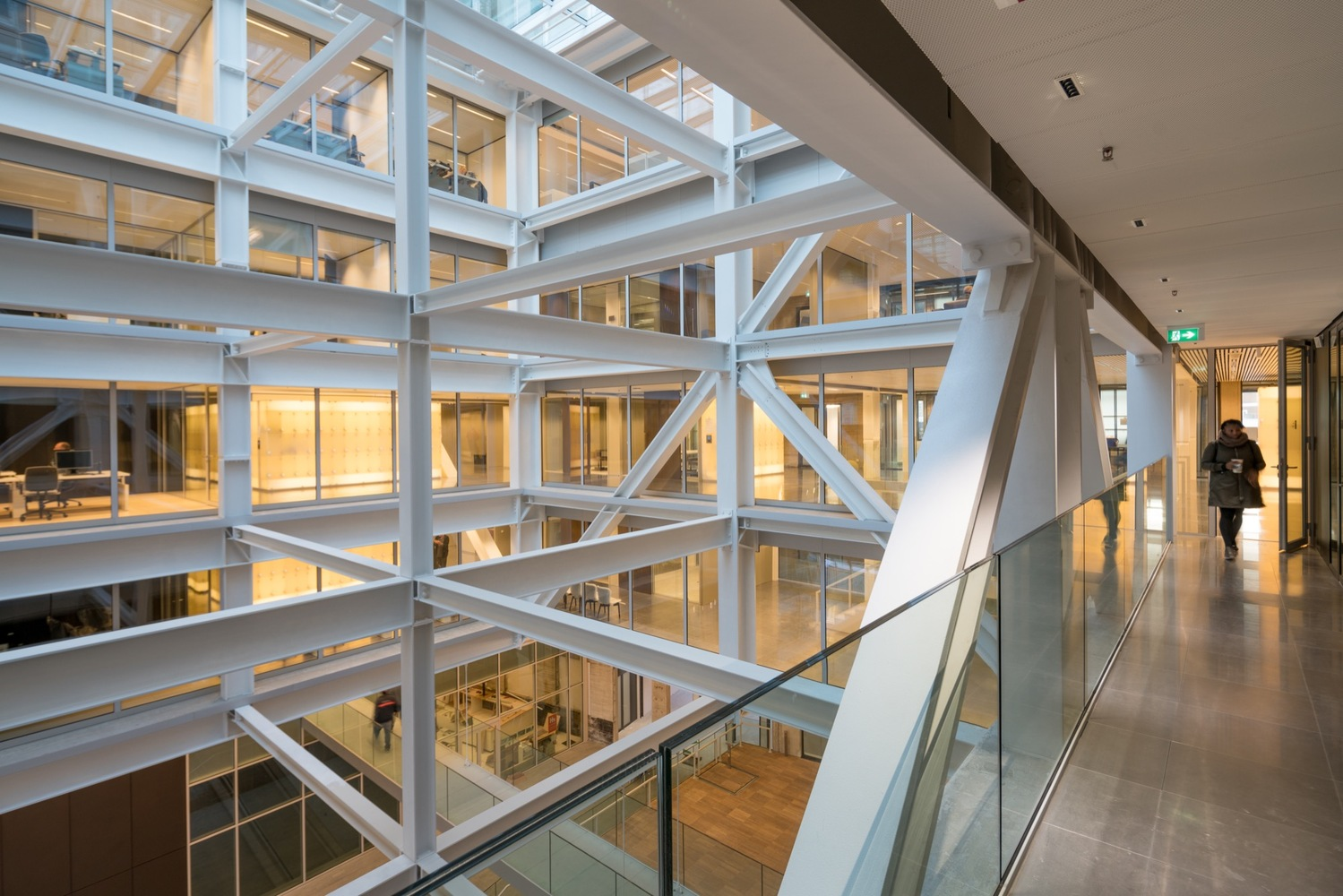 Gallery of Timmerhuis / OMA - 4
