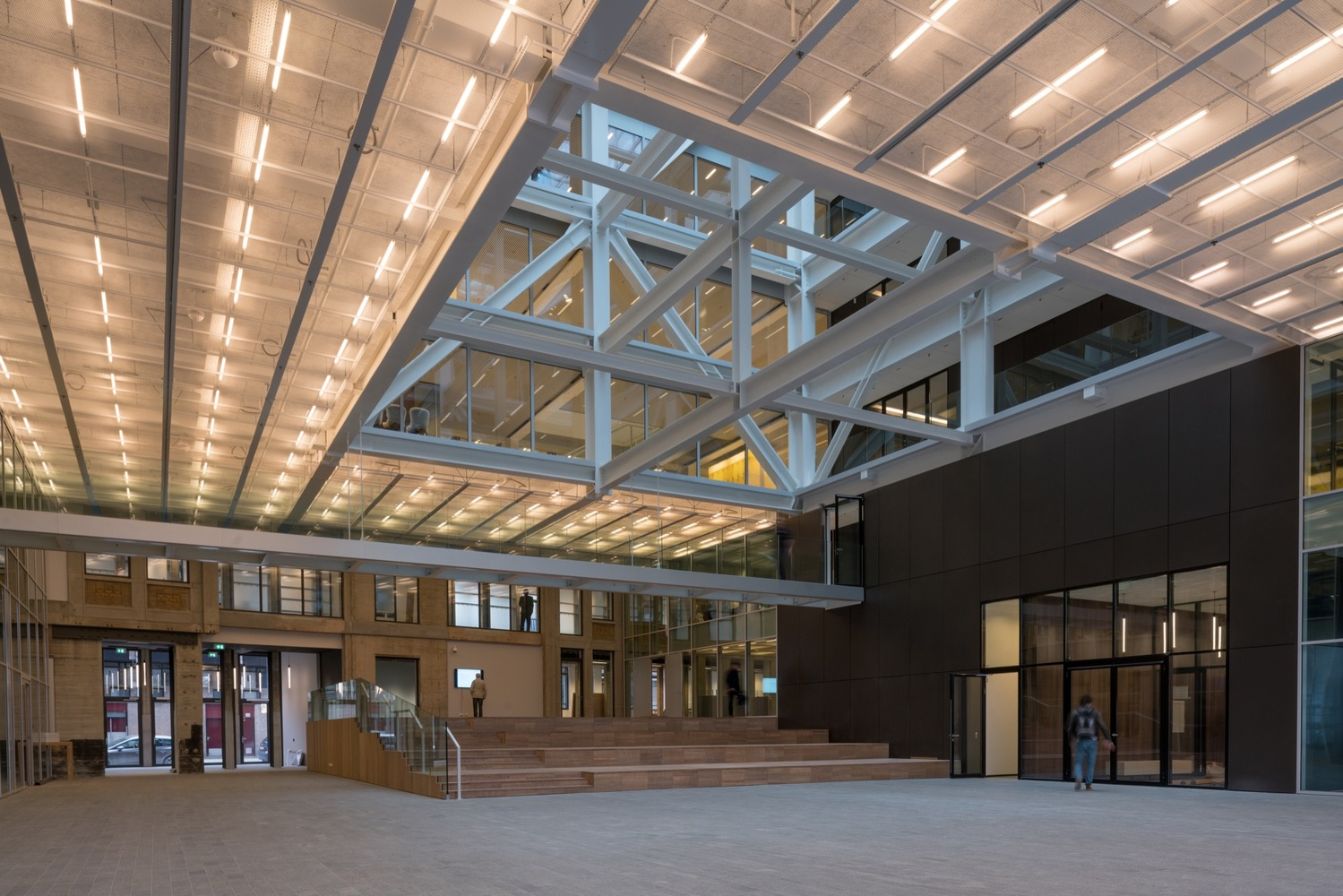 Gallery of Timmerhuis / OMA - 13