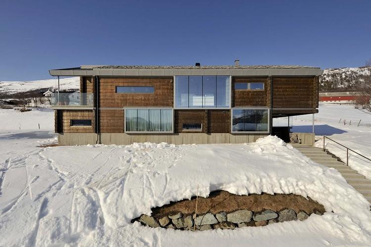 Casa Tronco / JVA, © Nils Petter Dale